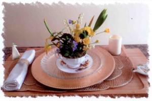 Arrangement in teacup